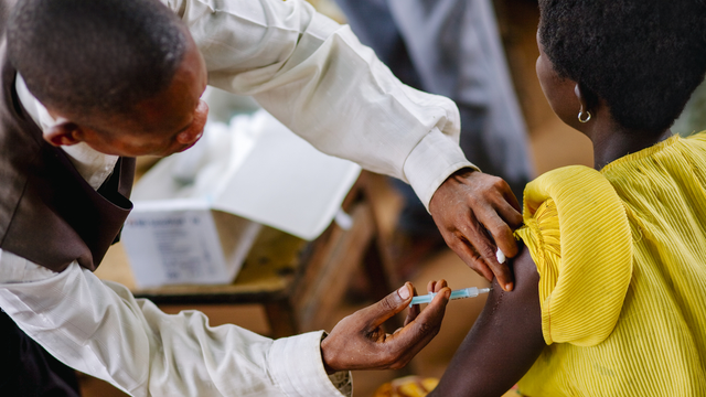 Weekly Digest: CDDEP partners with WHO on Action Framework on using vaccines to prevent AMR; Attributes and predictors of long COVID; Azithromycin for community treatment of suspected COVID-19; Antenatal screening of asymptomatic bacteriuria can reduce pre-term and low birth weight